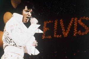 """Elvis Presley sko�czy�by 80 lat. Kto pierwszy zapyta: """"Kto to jest Elvis?"""""""