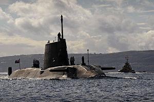 Brytyjski atomowy okr�t podwodny zderzy� si� z tankowcem