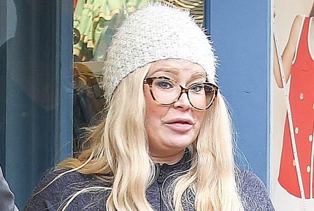 Jenna Jameson jest dzisiaj nie do poznania. Gwiazda porno odstawiła narkotyki i zrzuciła zbędne kilogramy. Na Instagramie pochwaliła się efektami metamorfozy.
