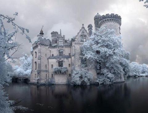 Zamek Le Chateau de la Mothe