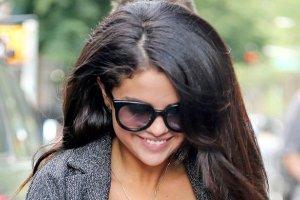 To wcale nie by�y plotki. Selena Gomez POWI�KSZY�A SOBIE PIERSI!