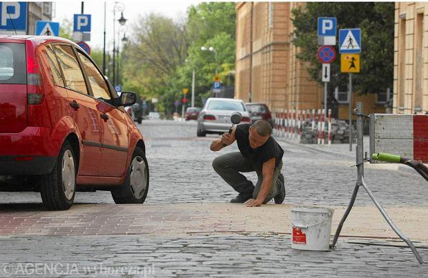 Trujące progi zwalniające. Cierpią samochody, kierowcy i mieszkańcy