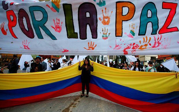 Komendanci kolumbijskich FARC zjechali do Bogoty. To drugie podejście do zawarcia pokoju