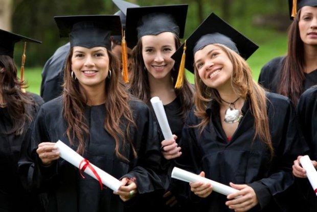 Wyniki matury 2015 już są. Może studia za granicą? To trzeba zrobić, żeby studiować w innym kraju!
