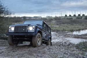 Salon Genewa 2013 | Land Rover Defender EV
