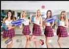 Efekty sesji zdjęciowej podprowadzających KS Get Well Toruń wraz z materiałami reklamowymi