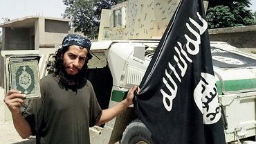 Abdelhamid Abaaoud, prawdopodobnie mózg zamachów w Paryżu z listopada 2015 r. (zabity przez francuską policję kilka dni po atakach).