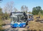 Autobus po eksplozji. Wiadomo już, co groziło pasażerom po akcji bombera
