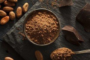 Surowe kakao. Poprawia humor, redukuje stres i wydłuża życie
