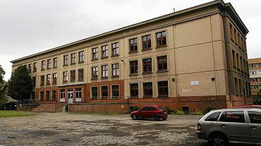 SP nr 19 przy ul. Senatorskiej