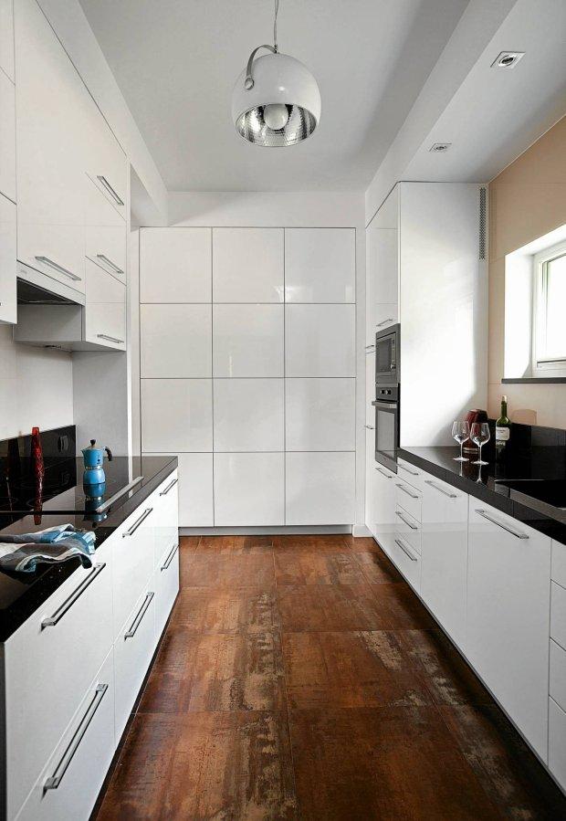 Nowoczesne Kuchnie Z Waszych Domów ładny Dom