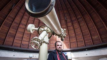 Dr Tomasz Mrozek z Instytutu Astronomicznego Uniwersytetu Wrocławskiego i Zakładu Fizyki Słońca Centrum Badań Kosmicznych PAN zaobserwował plamę słoneczną, która zwiastuje 25. cykl słoneczny