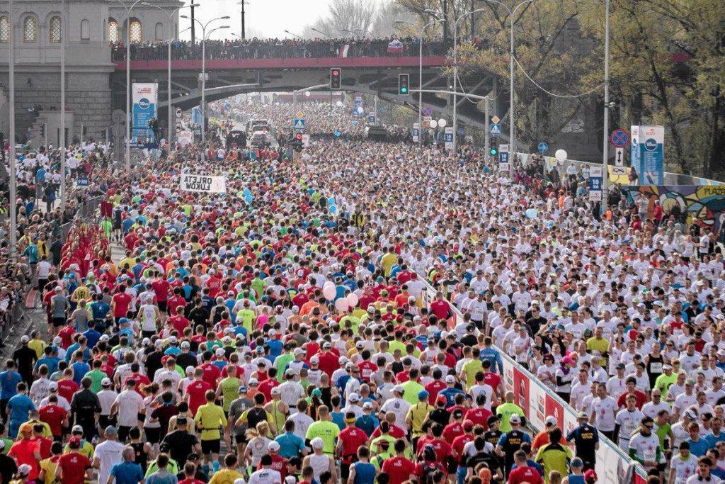 Coraz więcej Polaków trenuje bieganie