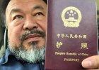 Chi�ski artysta i dysydent Ai Weiwei po czterech latach odzyska� paszport