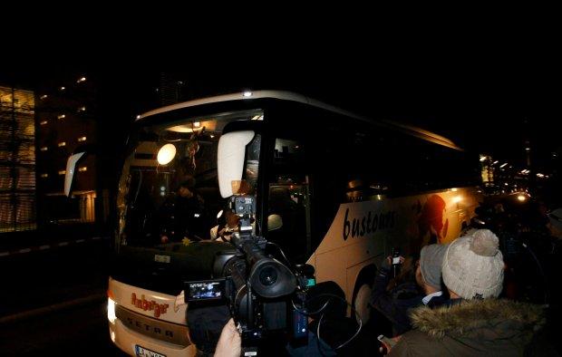 Starosta z Bawarii odes�a�a autokar z uchod�cami do Berlina