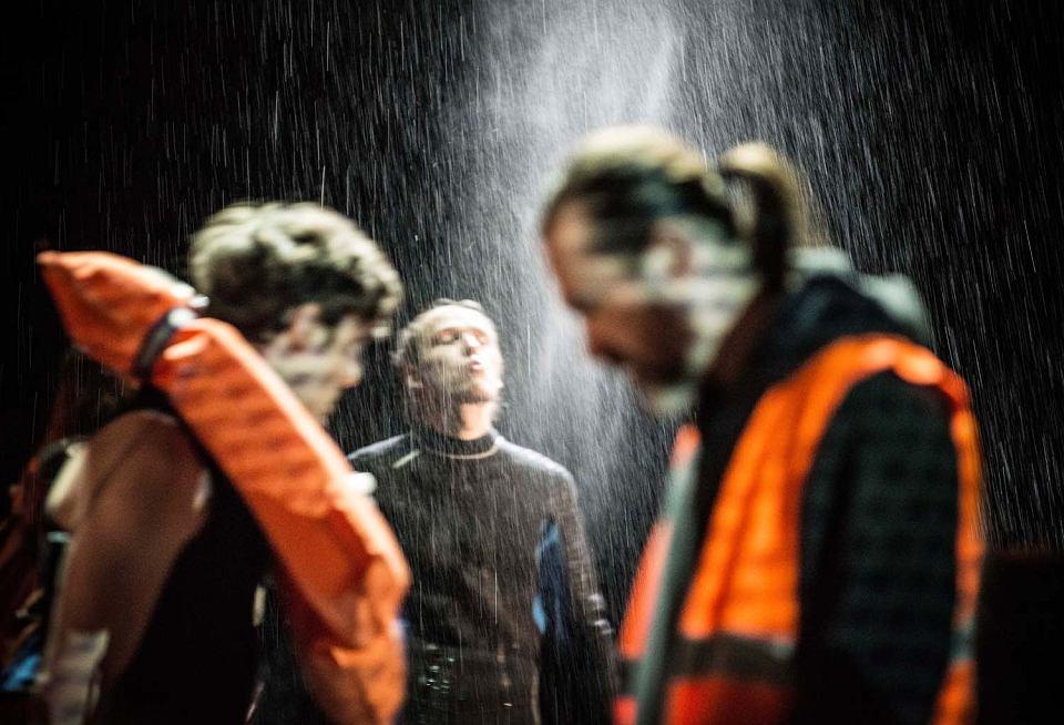 'Podopieczni' według Elfriede Jelinek, Narodowy Stary Teatr w Krakowie, reż. Paweł Miśkiewicz