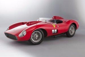 To może być najdroższy samochód na świecie. Piękne Ferrari idzie dziś pod młotek. Cena... astronomiczna