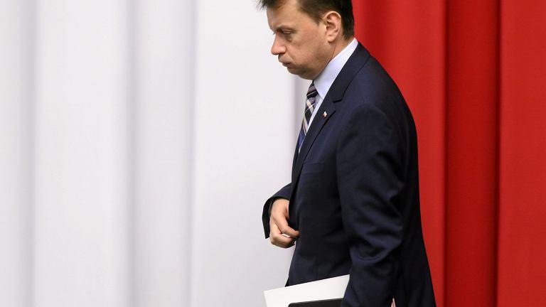 Minister spraw wewnętrznych w rządzie PiS Mariusz Błaszczak podczas pierwszego posiedzenie Sejmu VIII kadencji. Warszawa 18 listopada 2015