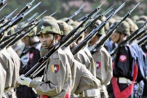 Armia Birmy zwolni�a ze s�u�by 100 dzieci