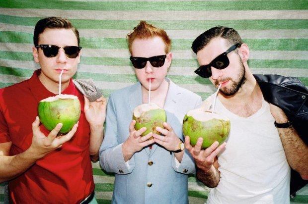 Zespół potwierdza wydawnictwo i rusza na trasę po festiwalach.