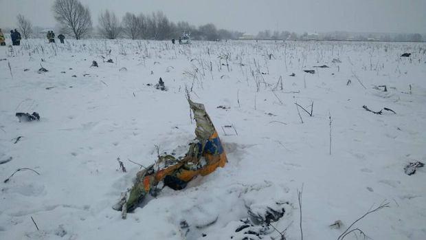 Moskwa. Rosyjski samolot pasażerski rozbił się po starcie z lotniska w Moskwie. Zginęło 71 osób