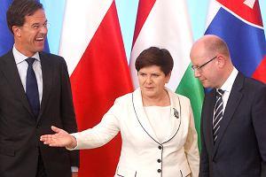 Nowym elementem polskiej polityki jest to, że wszystkich wokół pouczamy. To kuriozalne