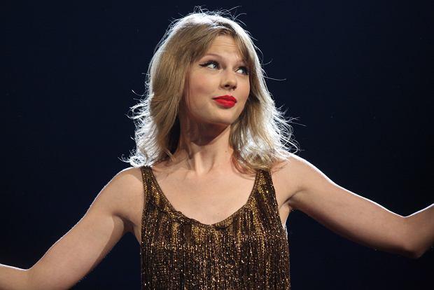 """Taylor Swift i Zayn w gorącym duecie do """"Ciemniejszej strony Greya"""""""