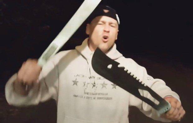 """""""Wstań, Hitlerze, w piecu napol!"""". Antyuchodźczy hip-hop pleni się w internecie"""