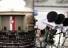 Mniej dziennikarzy i ograniczony dostęp do polityków. Sejm wprowadza ograniczenia dla mediów