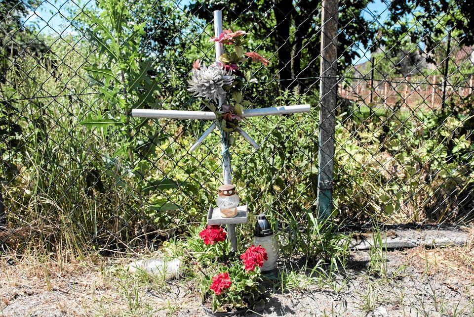 Krzyż w Miłoszycach upamiętniający śmierć Małgosi