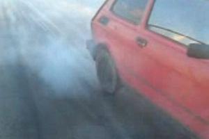 Fiat 126p | Palenie gumy