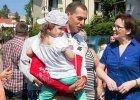 Premier ruszyła w Polskę na poszukiwania wyborców PO. A co z tymi, którzy na wakacje nie jadą?