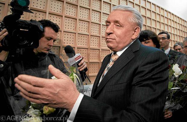 Prokuratura ustali�a, dlaczego Andrzej Lepper pope�ni� samob�jstwo