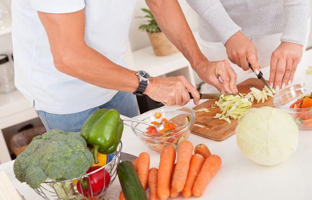 Zasadniczo trudno znaleźć zdrowszy element diety niż surowe warzywa i owoce. Tymczasem pacjenci z guzami NET miewają problemy z ich trawieniem. Zatem: czasem bardziej wskazane są produkty gotowane