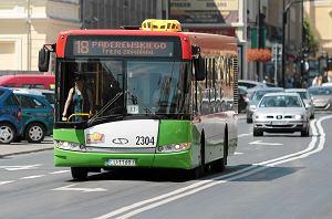 http://bi.gazeta.pl/im/6d/93/dd/z14521197M,Autobus-komunikacji-miejskiej-w-Lublinie.jpg