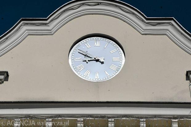 Zdjęcie numer 0 w galerii - Ratuszowa zagadka rozwiązana. Bydgoszcz ma nowy zegar [ZDJĘCIA]