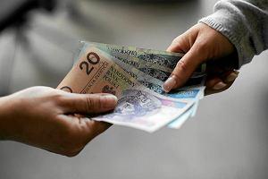 Najlepiej i najgorzej opłacane branże. Gdzie warto pracować, skąd zwijać manatki?