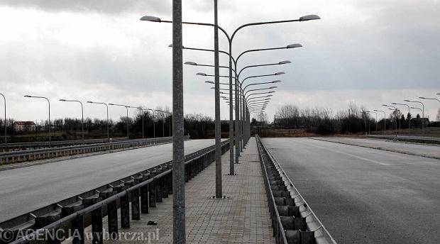 B�d� nowe trasy wylotowe z Warszawy do Gr�jca i Lublina. Og�osili przetargi