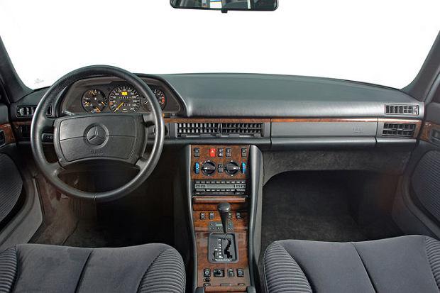 Perfekcyjna jakość wykończenia Mercedesa w latach 80-tych