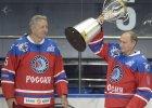 Putin �wi�tuje 63. urodziny. Wygra� mecz hokeja i dosta� medal