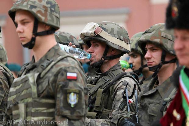 Zdjęcie numer 20 w galerii - Wojskowe pojazdy i broń. Legia Akademicka jedzie na Anakondę [ZDJĘCIA]