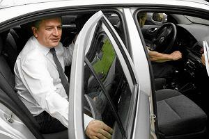 Nie tylko Sikorski na rycza�cie. Ar�ukowicz i Neumann te� bior� z Sejmu na podr�e prywatnymi autami, cho� wo�� ich s�u�bowymi limuzynami