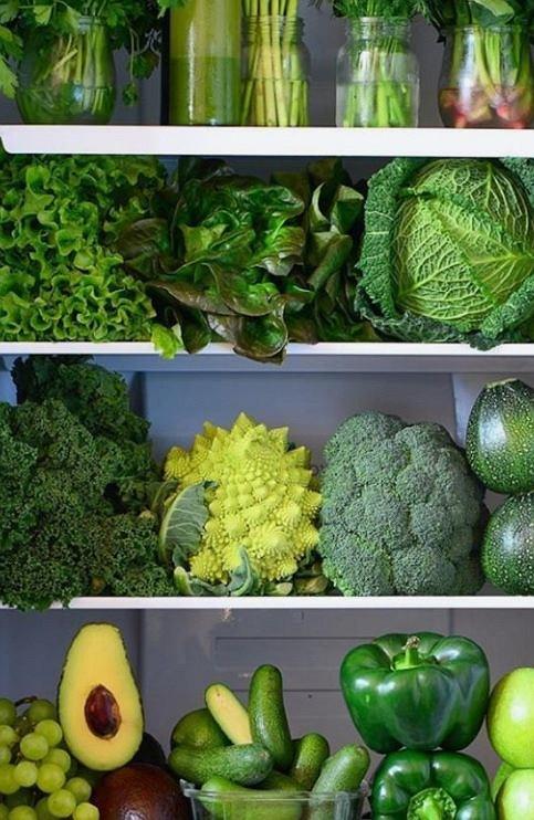 Warzywa i owoce najlepiej jeść surowe, bo mają najwięcej cennych dla naszego zdrowia składników