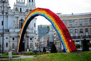 Wi�kszo�� mieszka�c�w Warszawy chce t�czy. Bo to symbol rado�ci i tolerancji