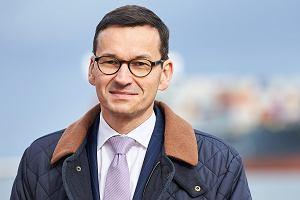 Wicepremier, minister finansów i rozwoju Mateusz Morawiecki z gospodarską wizytą w Terminalu kontenerowym DCT. Gdańsk, 7 października 2017