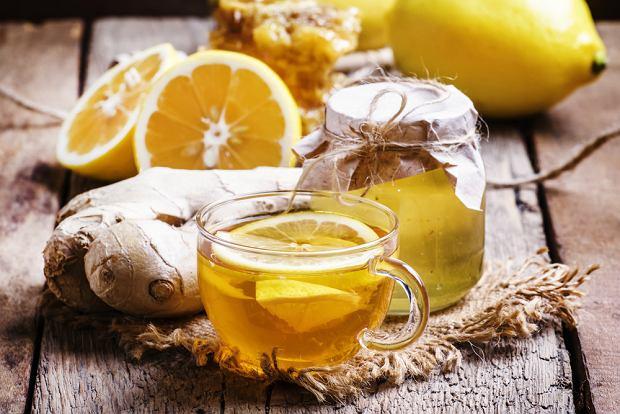 Domowy syrop na kaszel suchy i mokry - jak go przygotować?