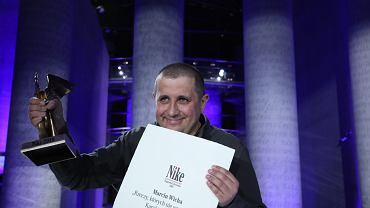 Literacka Nagroda Nike 2018: Marcin Wicha ze statuetką
