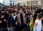 W Monachium brakuje miejsc dla uchodźców. Minister transportu: powstrzymajmy ten napływ