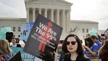 Wiec chrześcijańskich grup zwolenników objęcia antykoncepcji  pełnym ubezpieczeniem przed Sądem Najwyższym  Stanów Zjednoczonych w Waszyngtonie, 23 marca 2016 r.
