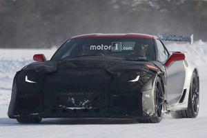 Prototypy | Chevrolet Corvette ZR1 w śniegu